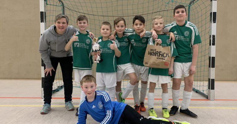 E-II-Junioren gewinnen Hallenturnier bei der Grafschafter JSG